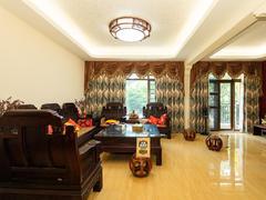 观湖园 别墅6室2厅170.11m²满五年二手房效果图