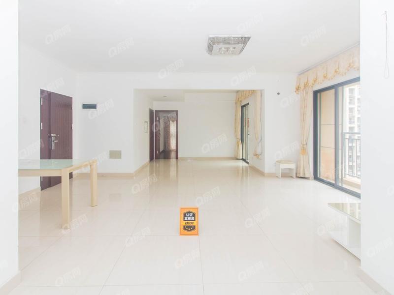 承翰海语山林 4室2厅141.81m²满五年