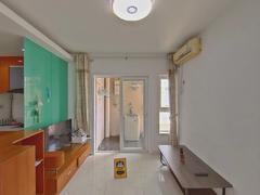 国际名园 正规一房一厅,满五年带阳台,看房方便二手房效果图