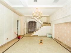 观湖园 豪华新装修,6个房间,送天台花园二手房效果图