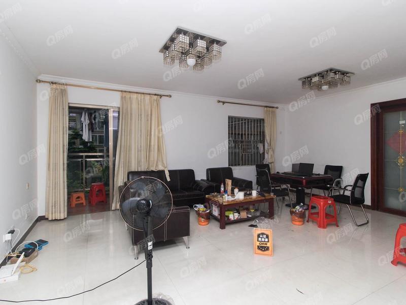 聚龙苑 5室2厅1厨2卫 119.62m² 精致装修