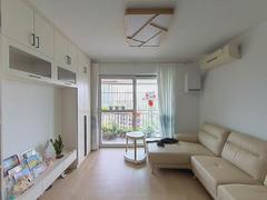 华南名宇一期 2室2厅82m²普通装修二手房效果图