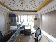 李沧万达广场公馆 3室2厅1厨2卫 135.44m² 精致装修二手房效果图