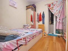 旭飞华达园一期 端头位置 一房装修保养佳二手房效果图