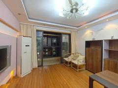 湖畔天城 3室2厅1厨1卫 111.3m² 普通装修二手房效果图