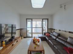 世茂江滨花园瑞景湾 4室2厅135m²精装修二手房效果图