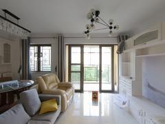 龙光城北区八期 4室2厅106m²整租租房效果图