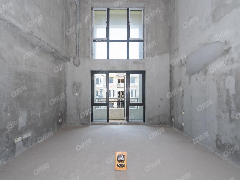 金地天悦湾 7室2厅1厨5卫 192.03m² 满五年