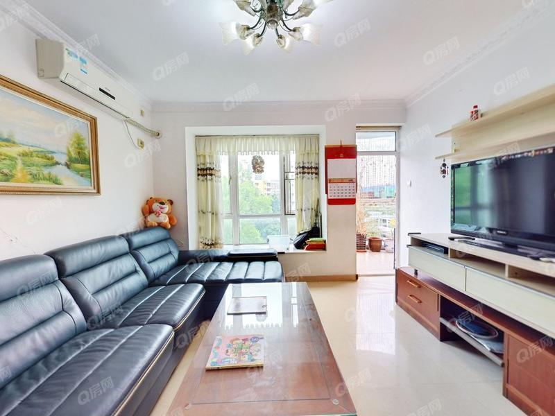 星海名城二期 三房两厅,采光通风好,户型方正,性价比实用率高。