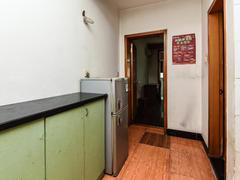 候潮公寓 5号线候潮门,金都天长旁,中间楼层,标准一室一厅二手房效果图
