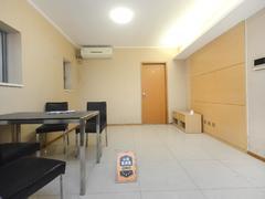 佳兆业大都汇 2房2厅 精致装修   保养好 业主诚心卖 总价低二手房效果图