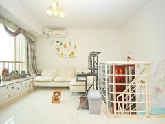 金色都汇 精装,复试,1房1厅出租,看房方便租房效果图