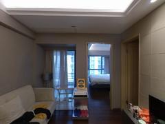 京基滨河时代广场 原自住房保养好,温馨干净整洁租房效果图