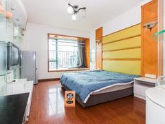 <b class=redBold>鸿翔花园</b> 1室0厅0厨1卫 34.49m² 整租