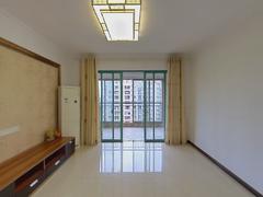 凤山水岸花园 3室2厅118m²普通装修二手房效果图