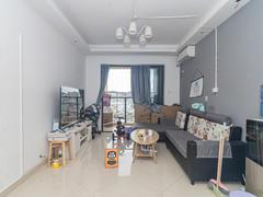 坤祥花语馨 3室2厅81.99m²精装修二手房效果图