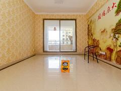 龙光城南区三期 4室2厅1厨2卫 95.33m² 整租租房效果图