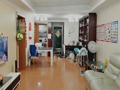 新港鸿 2室1厅71m²整租租房效果图