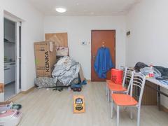 金众蓝钻 精装修一房  看房方便 给你一个温馨的家二手房效果图