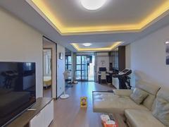 玖悦 2室2厅82.5m²普通装修二手房效果图