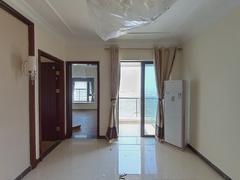 恒大海泉湾花园 2室1厅79m²精装修二手房效果图