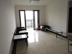 龙光城北区八期 4室2厅1厨2卫 99.03m² 整租租房效果图