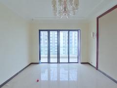 恒大海泉湾花园 3室2厅115m²精装修二手房效果图
