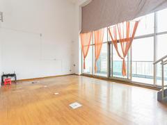 君临天下城 6室2厅303m²普通装修二手房效果图