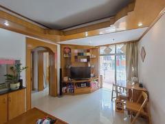 丽湖花园 3室1厅63m²满五年. 小区门口出入方便.二手房效果图