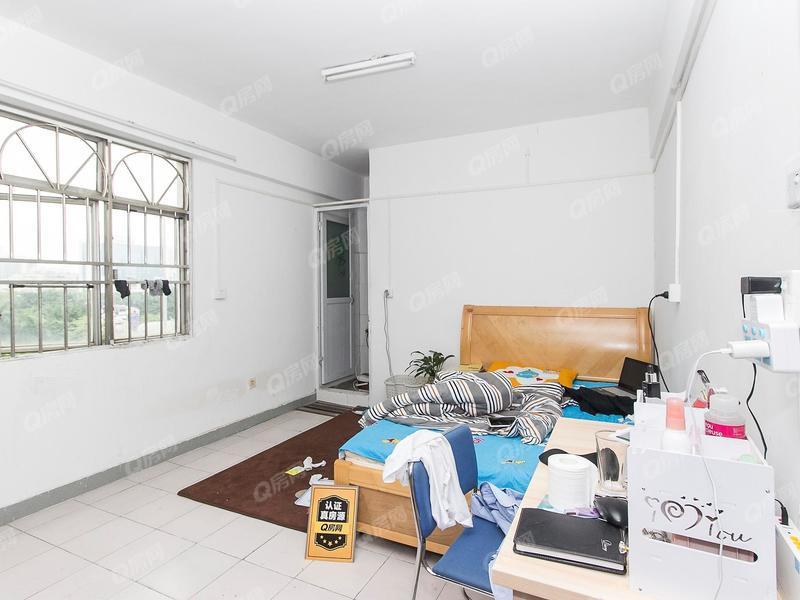 深宝花园 6室0厅1厨4卫 89.7m² 普通装修