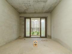 龙光城北区八期 4室2厅1厨2卫 96.68m² 整租租房效果图