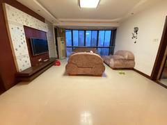 丹青花园 政务区 50中 南北通透大四房 户型方正 楼层好二手房效果图