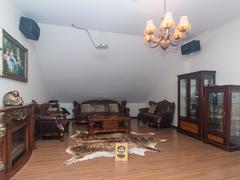 华业玫瑰郡 5室3厅171.58m²满五年二手房效果图
