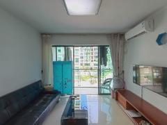 新港鸿 2室2厅68m²满五年二手房效果图