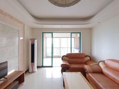 凤山水岸花园 3室2厅130m²精装修二手房效果图
