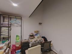 怡泰大厦 1室1厅42.69m²精装修二手房效果图