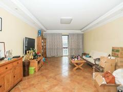 三水公寓 70年产权精装修送家具家电 满五年送储藏室阁楼二手房效果图