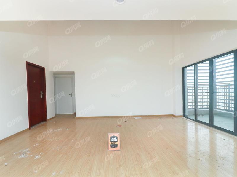奥园峯荟 精装修复试5房可以办工可自住客厅出阳台看房方便
