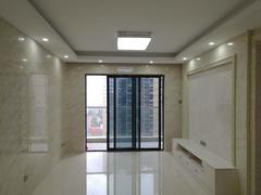 颐安都会中央2期  大运地铁站,客厅出阳台,看房方便租房效果图