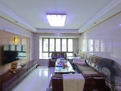中海塞纳时光 3室2厅122.4m²精装修二手房效果图