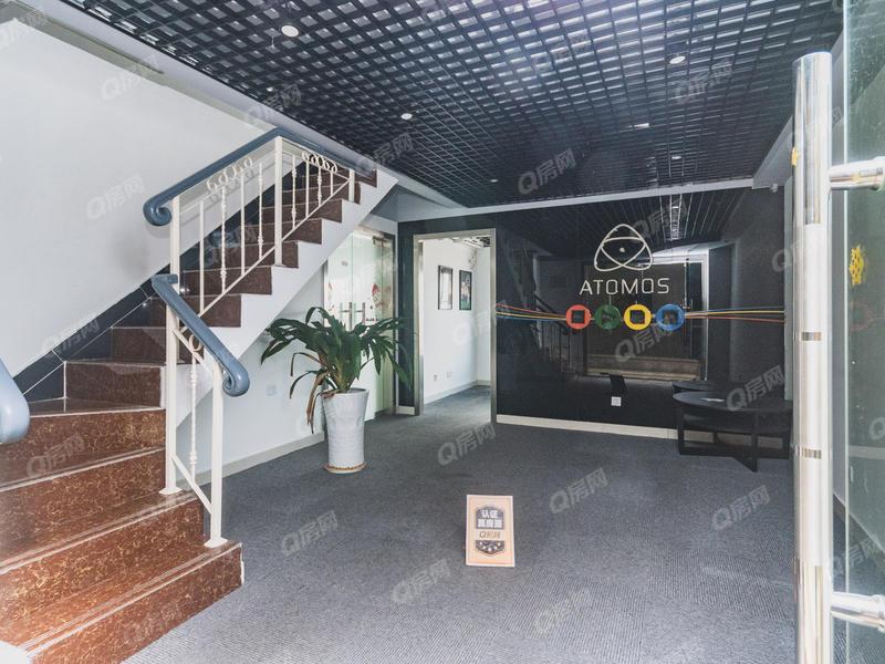 合正汇一城 6室1厅1厨4卫 104.64m² 精致装修