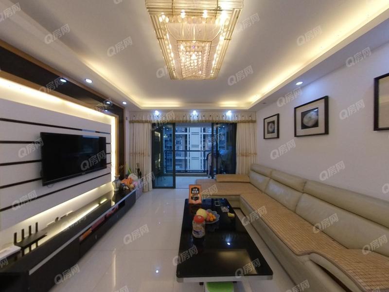 招商澜园 5室2厅1厨2卫 51.78m² 精致装修