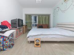 金众蓝钻 宝龙外国语精装一室一厅业主诚心出售二手房效果图