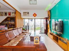 春华四季园 精装复式六房,适合家庭人口多的居住,客厅出台满五年二手房效果图