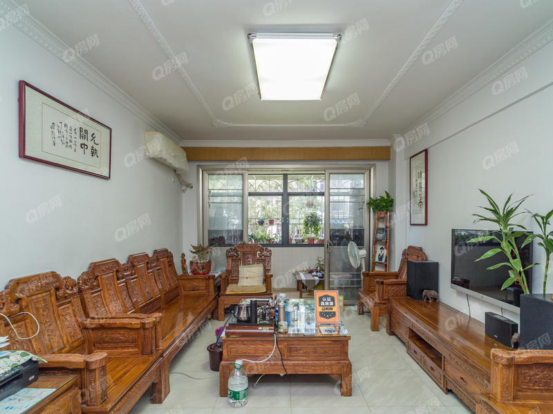 荣超花园 3室2厅1厨2卫 90.69m² 普通装修