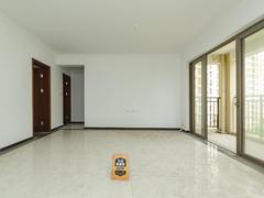 龙光城北区八期 4室2厅1厨2卫 105.16m² 整租租房效果图